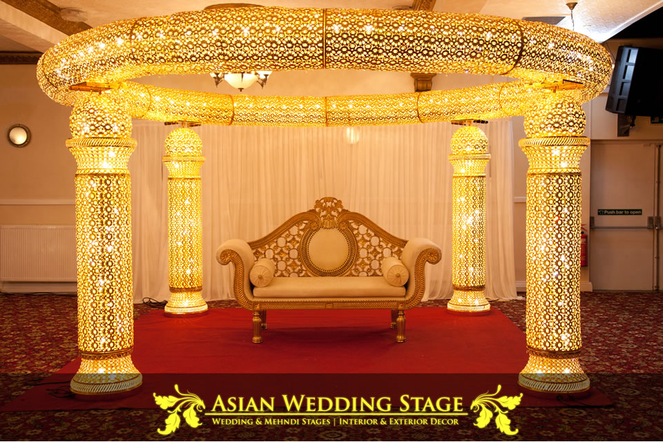 Mehndi stages crown banqueting hall for Asian wedding bed decoration ideas